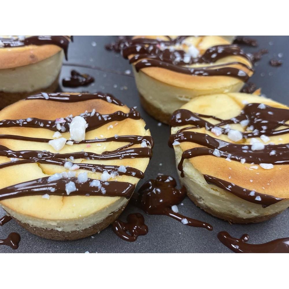 Mini Cheesecakes 6pk by Bakin' Us Keto