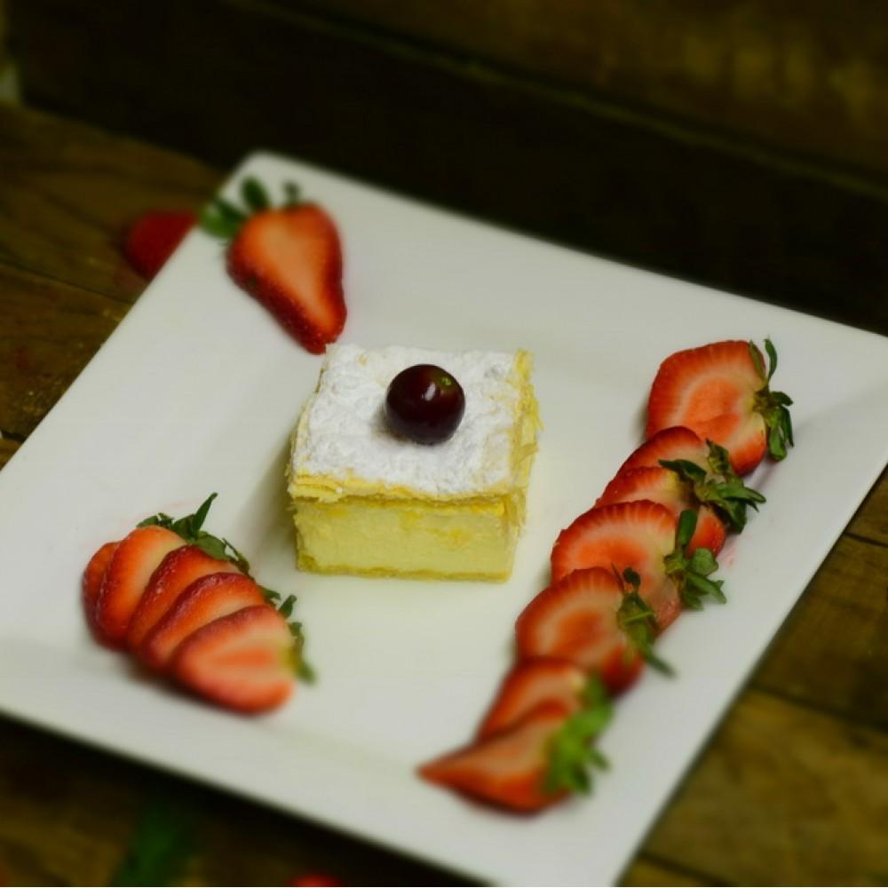 Cream Pita (1 Piece)